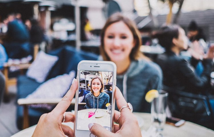 Learning from Social Media influencers